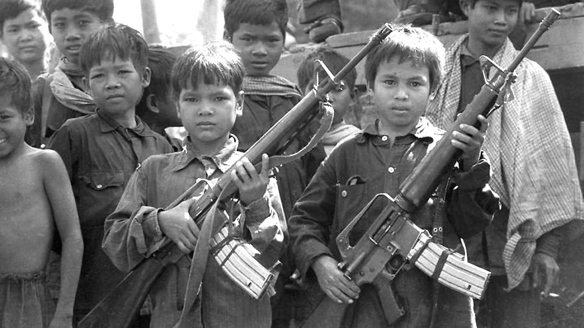 Камбоджа: Пномпень, дуриан и секретная тюрьма Туол Сленг