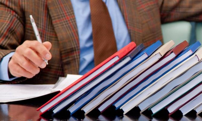 Почему диссертацию лучше заказывать у специалистов?